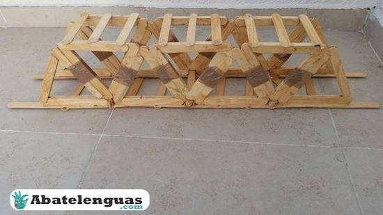 Instrucciones puente de palitos de madera